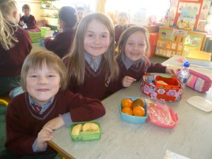 Sharing healthy food in class