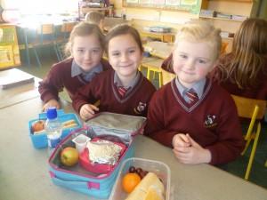 Bord Glas sharing healthy food tips.